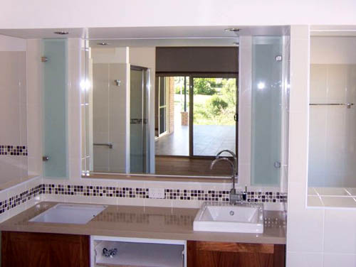 Coffs Harbour Bathroom Mirrors