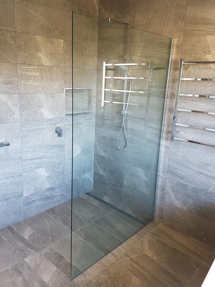 Fully Frameless Shower Panels